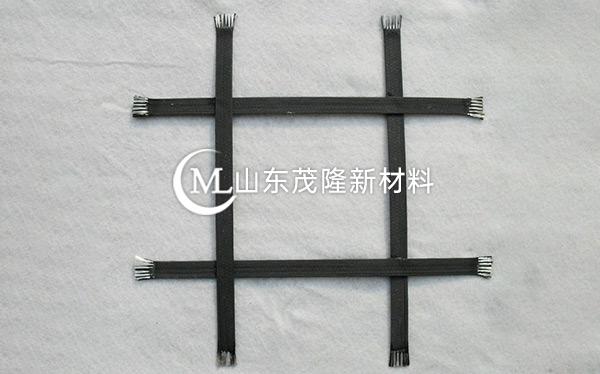 钢塑土工格栅产品演示图1