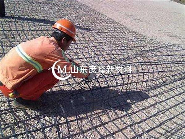 土工格栅加筋地基处理技术