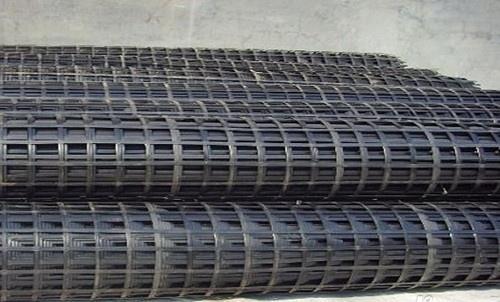 钢塑土工格栅应用于高填方边坡的操作要领