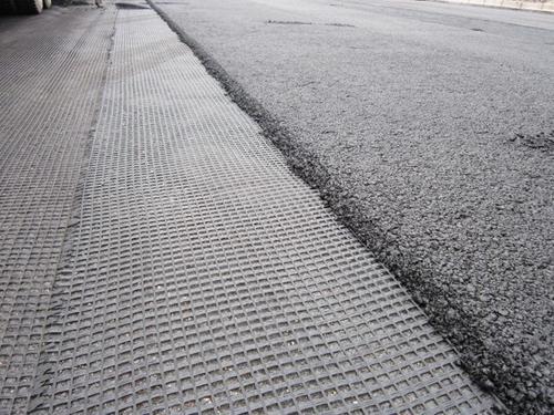 浅谈土工格栅在道路建造中发挥的优势