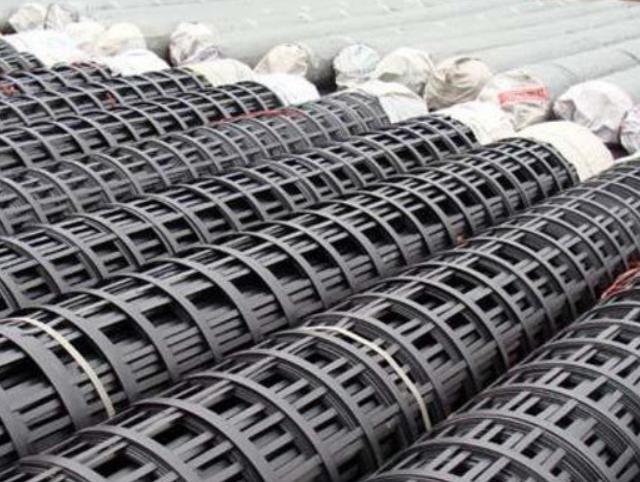 国标与非标的钢塑土工格栅有什么区别吗?