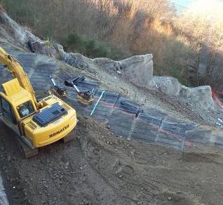 各种工程中单向土工格栅的作用分享  第2张