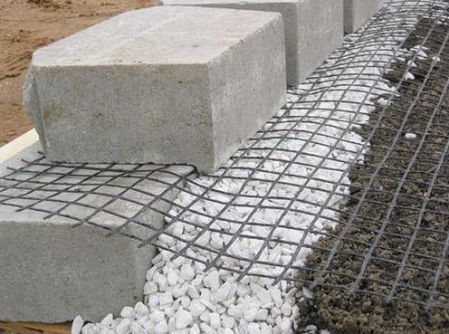 土工格栅施工案例——挡土墙的极限强度测试  第1张