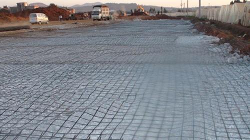 土工格栅作用于工程中的三大功能你了解了吗?